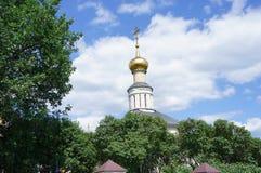 Le dôme de l'église orthodoxe Images libres de droits