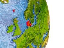 Le Danemark sur le globe réaliste Photo libre de droits