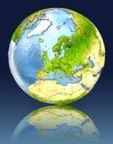 Le Danemark sur le globe avec la réflexion Photographie stock libre de droits