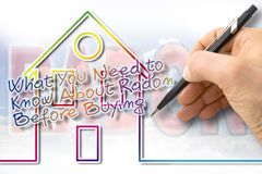 Le danger du gaz de radon dans nos maisons - image de concept avec le texte illustration stock
