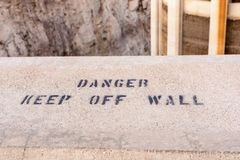Le danger, retiennent le mur image libre de droits