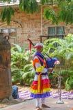 Le danze popolari di Uttarakhand con musica folk legano compreso le forme come Chancheri, ballo di ballo di Chhapeli ECR, Chennai Fotografia Stock