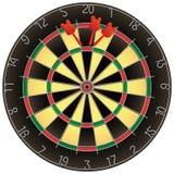 Le Dartboard avec des dards a isolé Photographie stock libre de droits