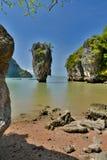 Île de James Bond Khao Phing Kan Compartiment de Phang Nga thailand Photographie stock