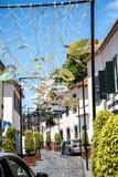 Le decorazioni della via in Camara de Lobos un paesino di pescatori vicino alla città di Funchal ed ha alcune di più alte scoglie Immagini Stock Libere da Diritti
