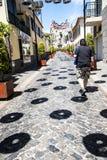 Le decorazioni della via in Camara de Lobos un paesino di pescatori vicino alla città di Funchal ed ha alcune di più alte scoglie Fotografie Stock