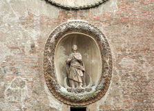Le della Ragione de Palazzo avec le ` de tour d'horloge de ` d'Orologio de ` de vallon de Torre Mantua, Photographie stock libre de droits