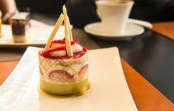 Le dessert de gâteau de fraise est doux et délicieux Photo libre de droits
