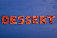 Le dessert de mot se compose des morceaux de pastèque Le concept du régime, corps nettoyant, consommation saine Photo libre de droits