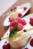 Le dessert est prêt ! Image stock