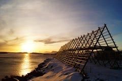 Le dessiccateur, vue de coucher du soleil lofoten dessus des îles photo stock