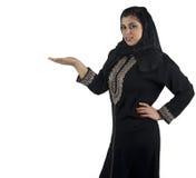 Le directeur islamique traditionnel dans des affaires presen Image stock