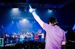 Le DJ au concert Photo stock