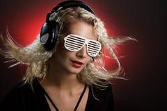 Le DJ blond image stock