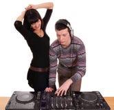 Le DJ et la belle pièce de fille Image stock