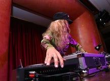Le DJ - fille photos libres de droits