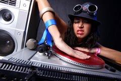 Le DJ frais dans l'action Photos stock