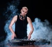 Le DJ jouant la disco Image libre de droits