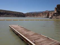 Le dock en rivière Bighorn photos libres de droits