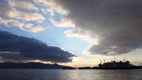 Le dock marin et la mer clips vidéos