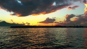 Le dock marin et la mer banque de vidéos