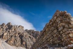 Le dolomia di Italien, Tirolo del sud e italien le alpi, il bello paesaggio della montagna in tempo di autunno Immagini Stock