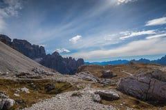 Le dolomia di Italien, Tirolo del sud e italien le alpi, il bello paesaggio della montagna in tempo di autunno Fotografia Stock Libera da Diritti