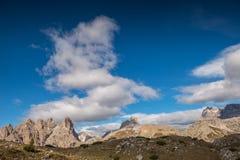 Le dolomia di Italien, Tirolo del sud e italien le alpi, il bello paesaggio della montagna, tre cime di lavaredo Fotografie Stock Libere da Diritti