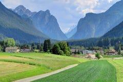 Le dolomia di Sesto del Tirolo del sud alpino, Italia Fotografie Stock Libere da Diritti