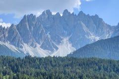 Le dolomia di Sesto del Tirolo del sud alpino, Italia Immagine Stock
