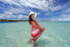 Le donne godono del sole. Fotografia Stock Libera da Diritti