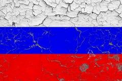 Le drapeau de la Russie a peint sur le mur sale criqué Mod?le national sur la surface de style de cru illustration libre de droits