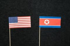 Le drapeau des Etats-Unis d'Amérique Etats-Unis et de la Corée du Nord Photographie stock libre de droits