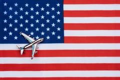 Le drapeau des Etats-Unis et de l'avion Images libres de droits
