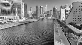 LE DUBAÏ - 5 DÉCEMBRE 2016 : Vue aérienne de gratte-ciel de marina de Dubaï Photographie stock libre de droits