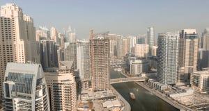 LE DUBAÏ - 5 DÉCEMBRE 2016 : Vue aérienne de gratte-ciel de marina de Dubaï Image libre de droits