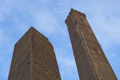 Le due torrette di Bologna immagine stock