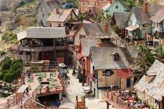 Le ` et les touristes de village de Popeye de ` image stock