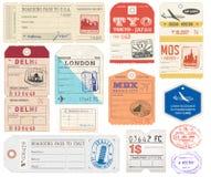 Le etichette dei bagagli di lerciume hanno messo 2 royalty illustrazione gratis