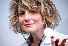 le för doktorsläkarundersökning Arkivbilder