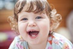 le för flickastående Royaltyfri Foto