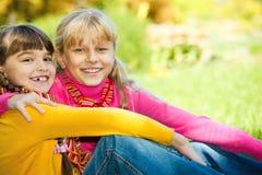 le för flickor Arkivfoto