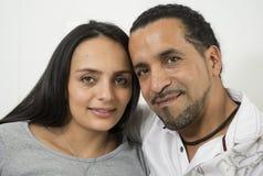 Le för par som är lyckligt Royaltyfri Foto
