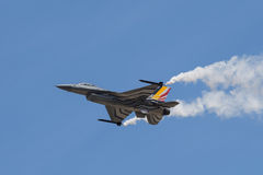 Le faucon de combat de F-16 de General Dynamics est un aéronef polyvalent de chasseur à réaction initialement développé par Gener photographie stock libre de droits