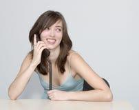 Le femme. Conversation téléphonique. Image libre de droits
