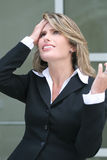 Le femme d'affaires s'est inquiété de la crise économique Photographie stock
