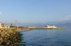 Le ferry arrive Parapeten Helsingborg Photographie stock libre de droits