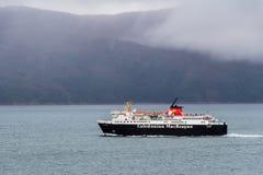 Le ferry de Calmac vers chauffent Photographie stock