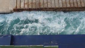 Le ferry met en marche le moteur clips vidéos