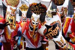 Le festival de Phi Ta Khon est la plus grande attraction au village agricole autrement somnolent de Dan Sai photographie stock